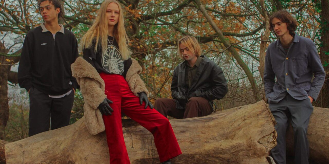 Bristol Dream Pop/Trip Hop Band Debuts With 'The Edge'