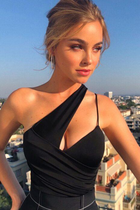 luxury escort milan