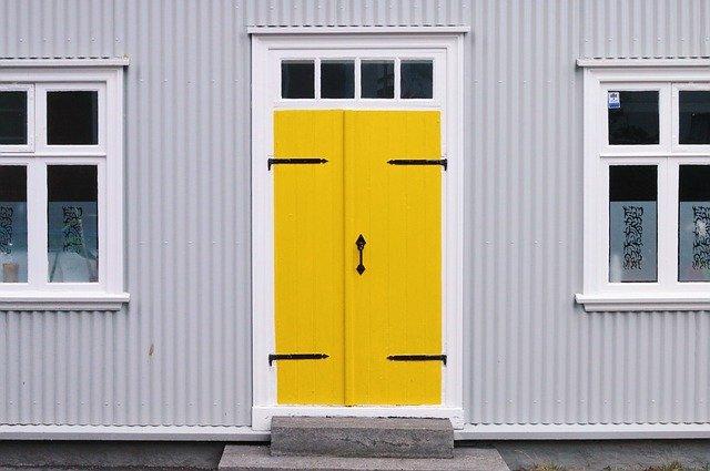 door spot