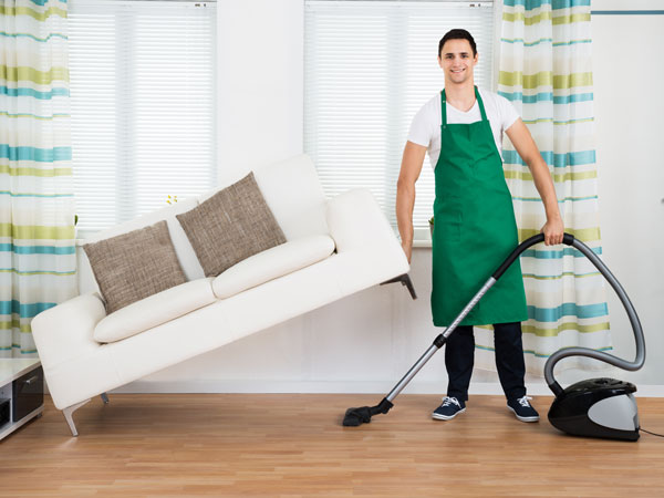 HOW TO: Make Spring Cleaning Count as Exercise