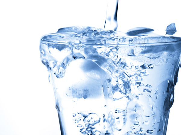 4 Ways Cold Water Benefits Your Body