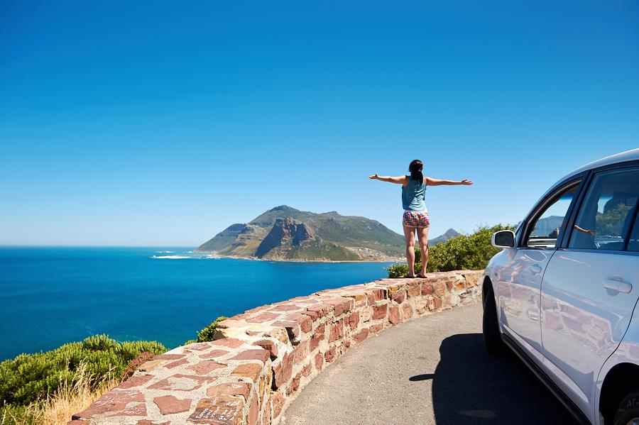 bigstock-carefree-tourist-stands-on-cha-41915047