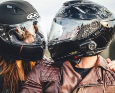 choose the right motorcycle helmet