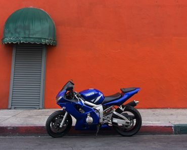 motorcycle safety tips for riders and drivers