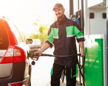 how to safely pump gas