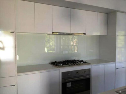 White Painted Splashback