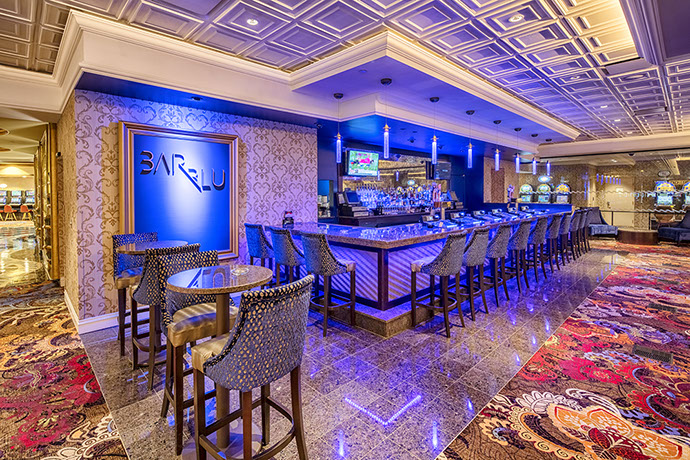Turning Stone Resort Gaming Floor Bar