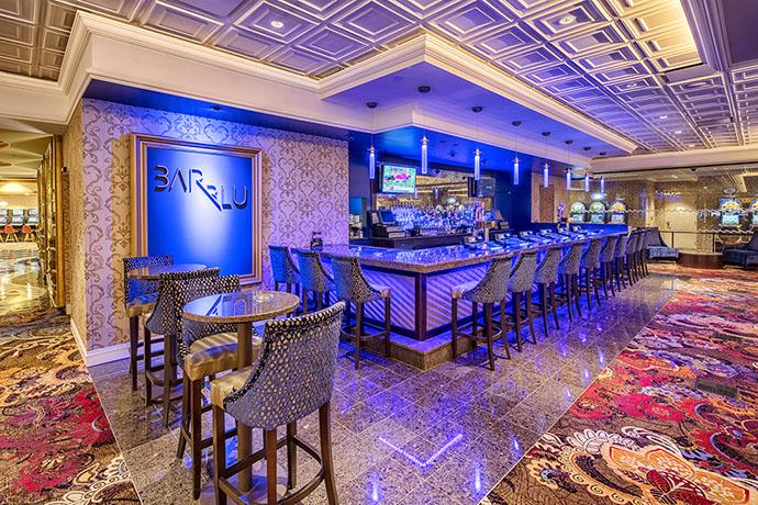 Turning Stone Resort Gaming Floor Bar