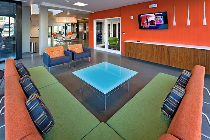 Syracuse University Campus West Housing Lounge