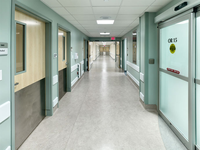 Crouse Health Witting Surgical Center Addition Hallway
