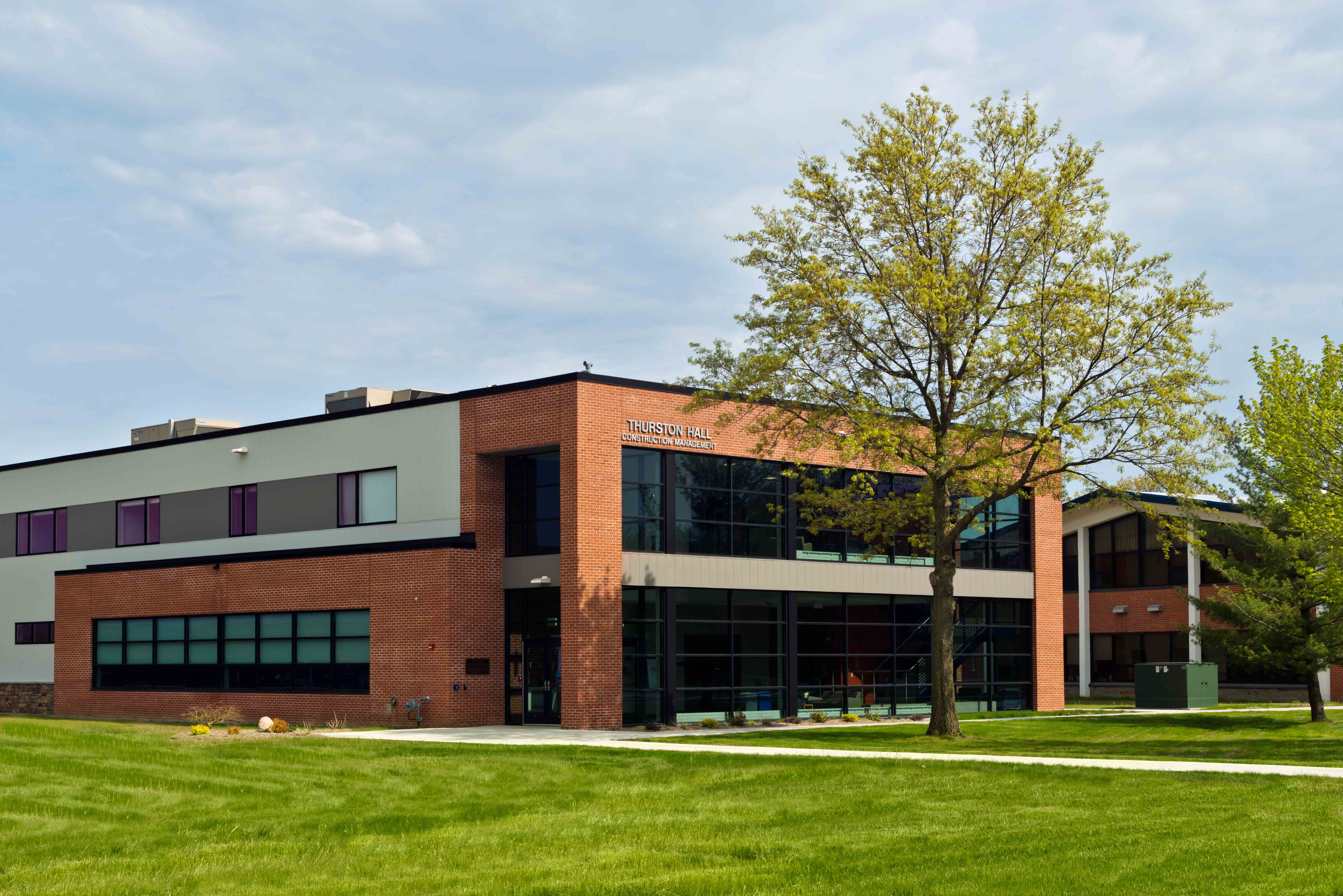 Thurston Hall at Utica College Exterior | Hayner Hoyt Construction in Syracuse & Central NY