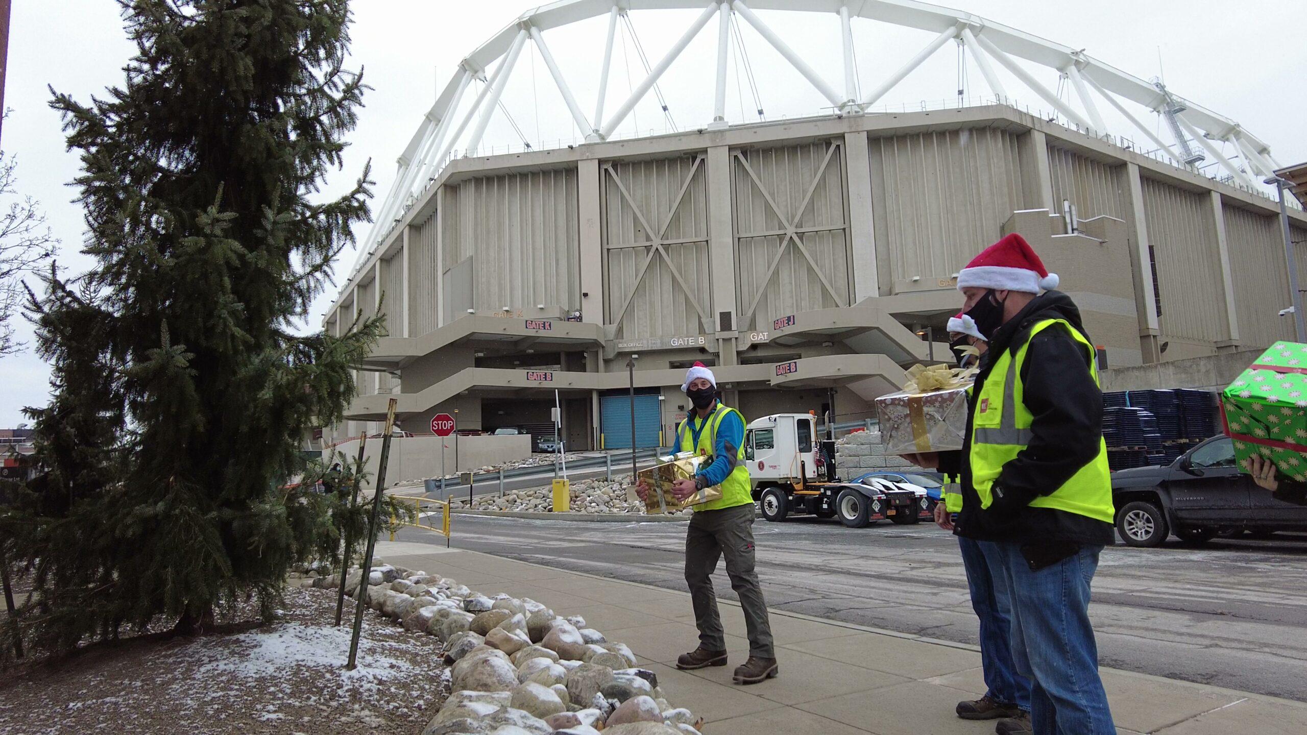 Hayner Hoyt Rescues Christmas