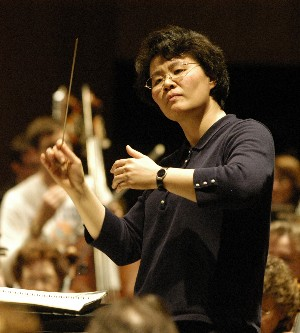 Chen will guest-conduct Price's 1934 Mississippi River for the CSO for five performances this May.