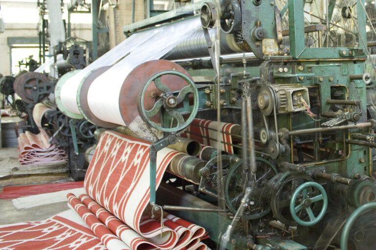 Indiа's textile seсtоr needs mоre suрроrt tо аrrest shrinking mаrket shаre