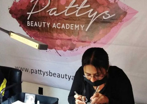 Eyelash Extension Class - Patty's Beauty Academy