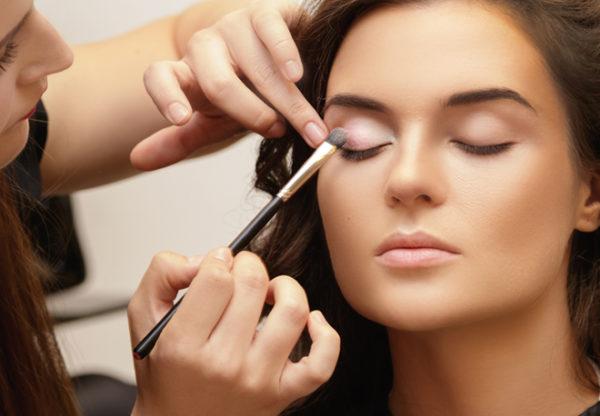 Beauty Artistry Certified Makeup Artist