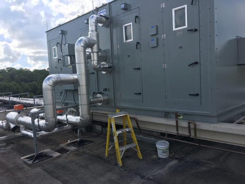Energy Labs rooftop chiller unit - nelson & company llc