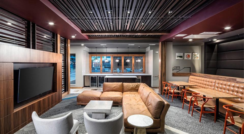 Apartment Lounge