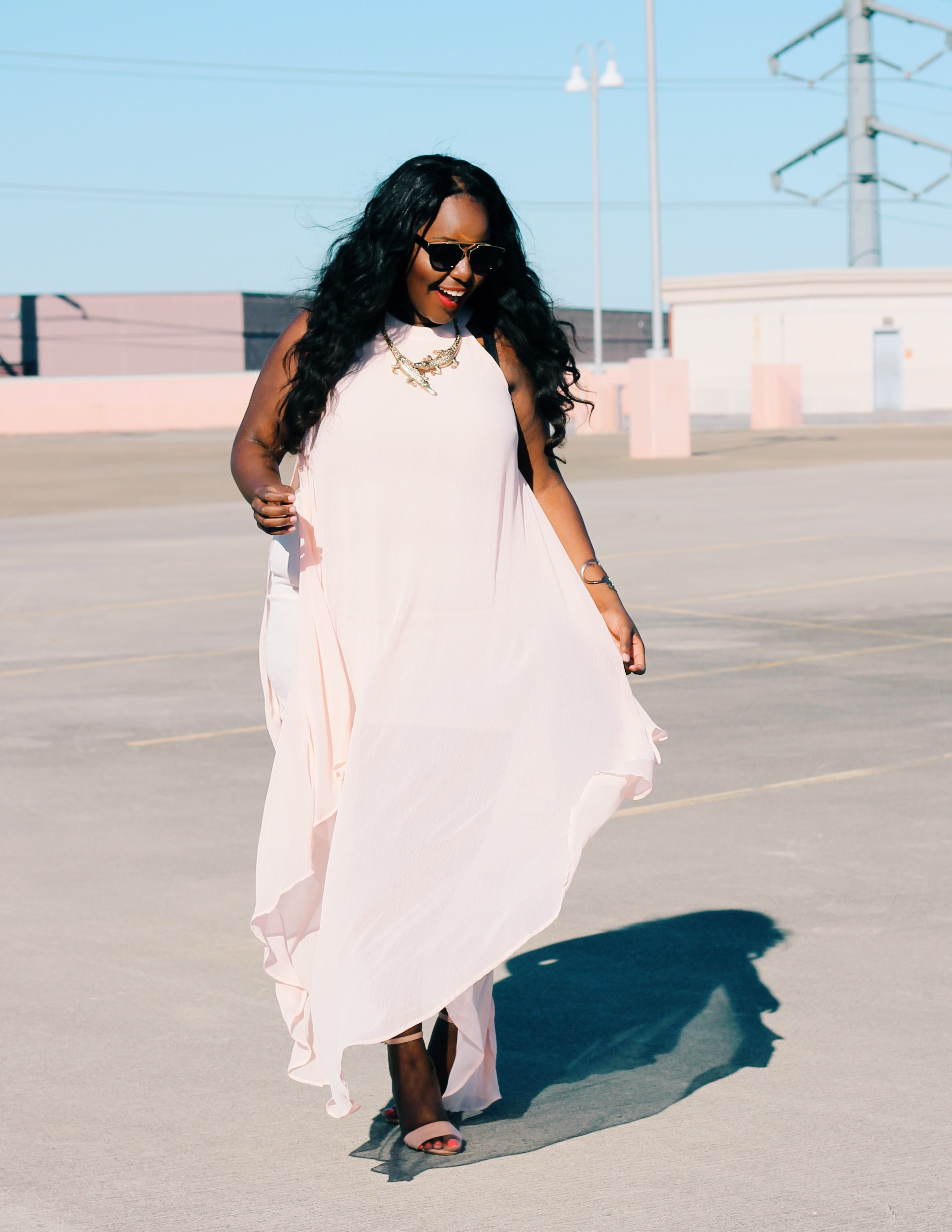 wedding maxi dresses for curvy women this spring