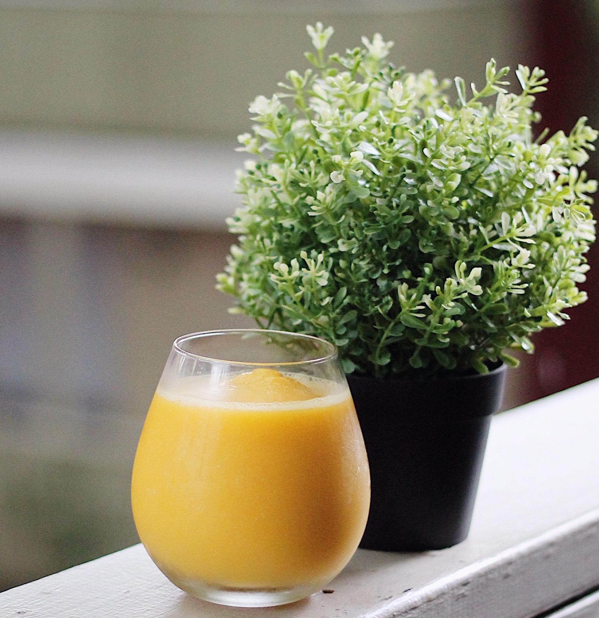 How to make a mango ginger honey smoothie recipe