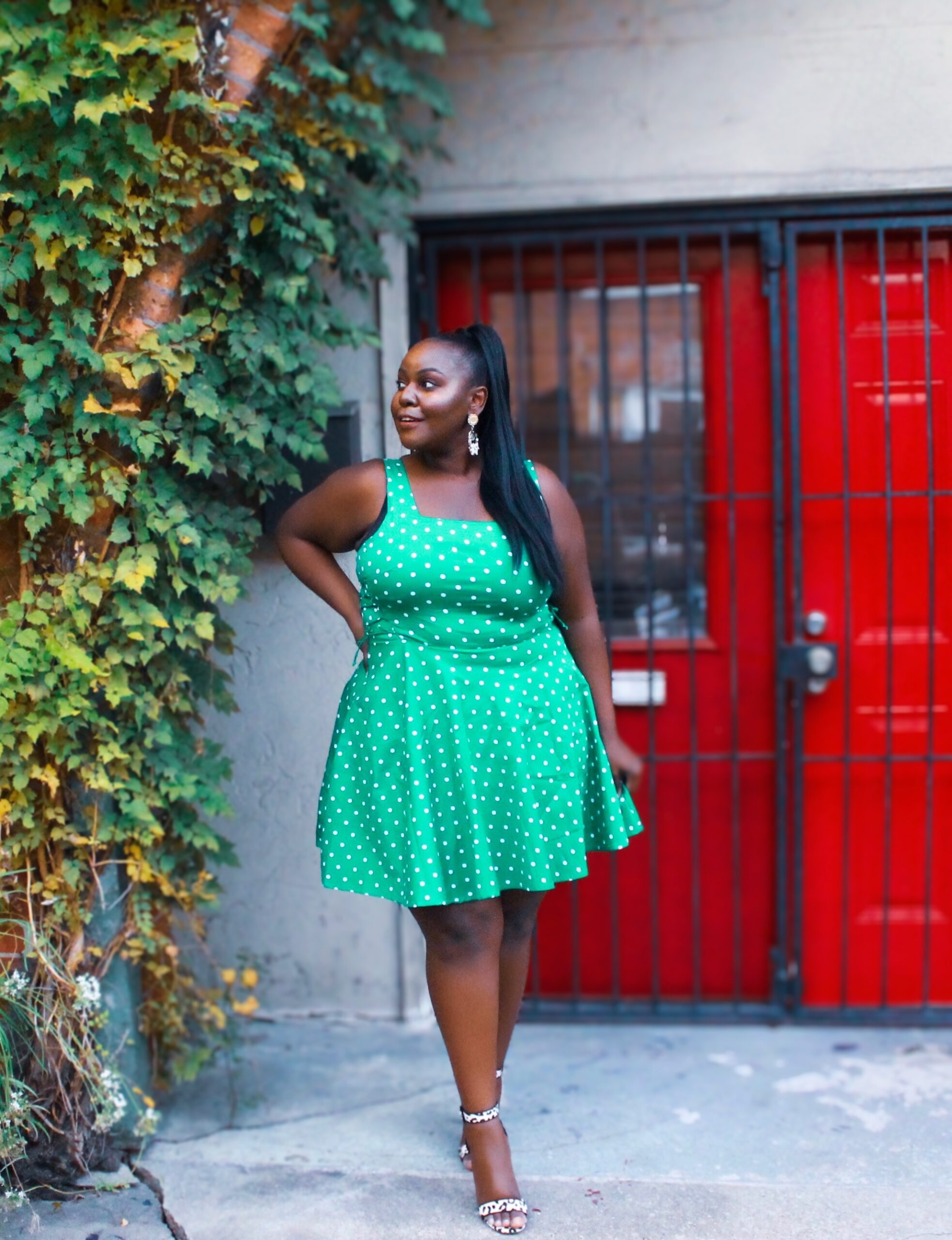 lifestyle blogger, texas houston influencer, affordable, classy, fabulous, friends, parents, black girl, dark skin, holiday outfit ideas, inspiration, trendy, chic, stylish, fashionable, blogger millennial Friendly holiday gift guide, wellness, style blogger