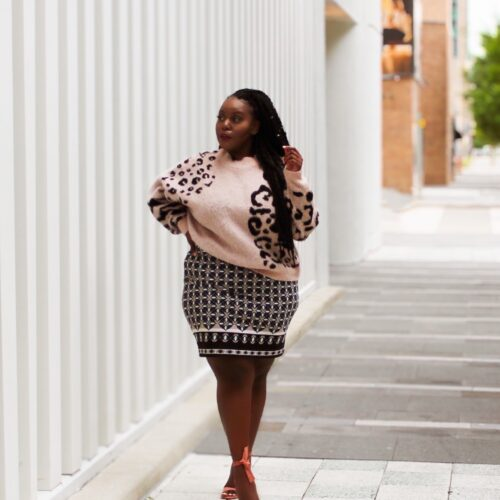 topshop sweater, fall fashion, sleeve mini dress, talk derby to me, Where locals go Houston, travel Houston, things to do, hidden gems, beautiful places romantic walks, date night ideas, black bloggers, Houston bars, black noire travel, Houston Texas travel blogger, Houston parks lakes, chapman and Kirby, Houston plus size Ugandan blogger