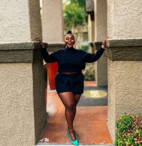 houston influencer, asos, fabletics active, fabletics review plus size, move in fabletics, athleisure nike puma plus size fashion blogs 2019, beautiful curvy girls, beautiful plus size dark skin girls, plus size black bloggers, clothes for curvy girls, curvy girl fashion clothing, plus blog, plus size fashion tips, plus size women blog, curvy women fashion, plus blog, curvy girl fashion blog, style plus curves, plus size fashion instagram, curvy girl blog, bbw blog, plus size street fashion, plus size beauty blog, plus size fashion ideas, curvy girl summer outfits, plus size fashion magazine, plus fashion bloggers, zara