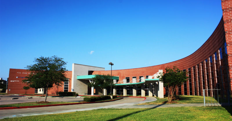 Pin-oak-middle-school-HISD
