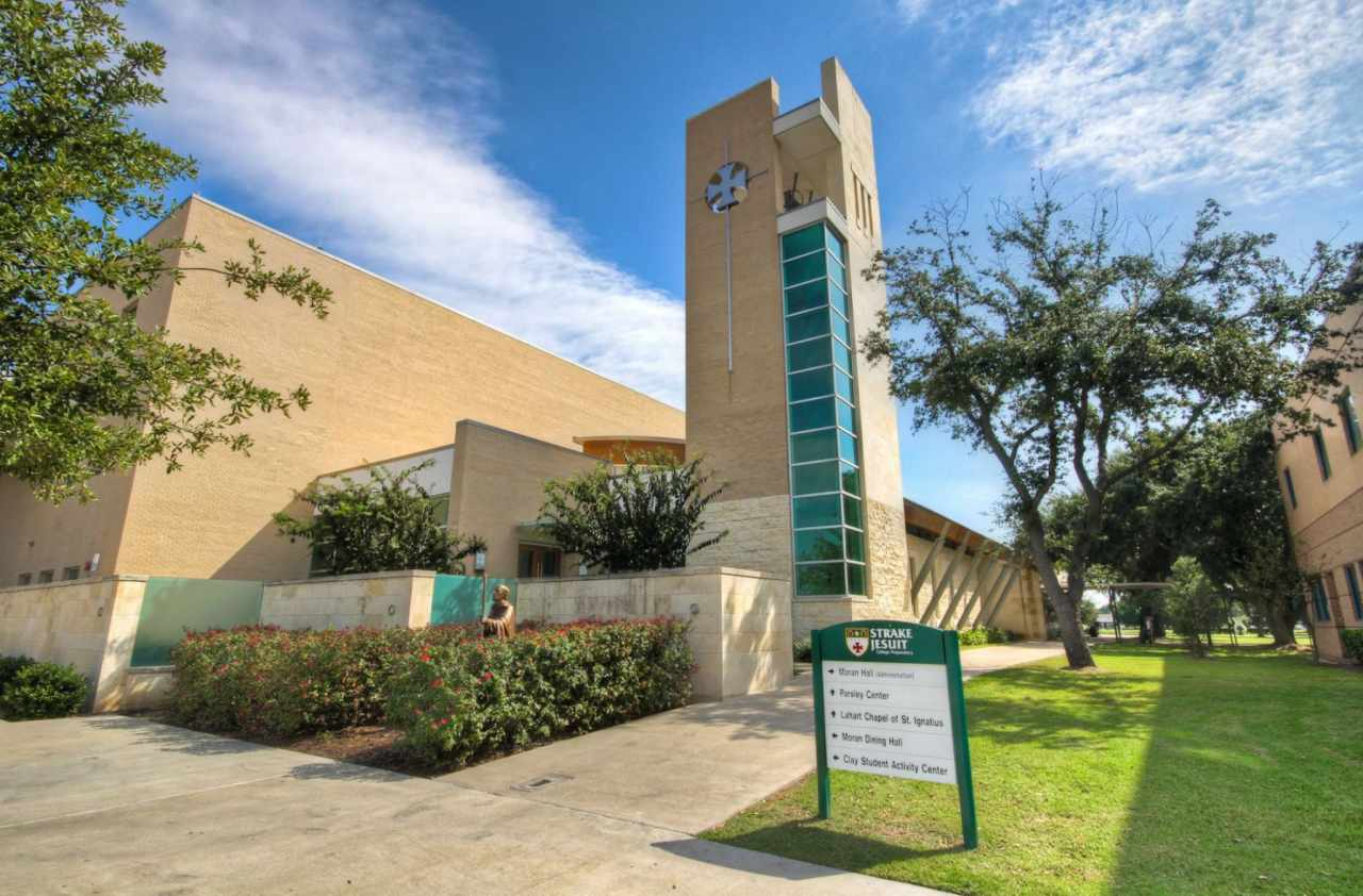 Strake-Jesuit-College-Preparatory-School