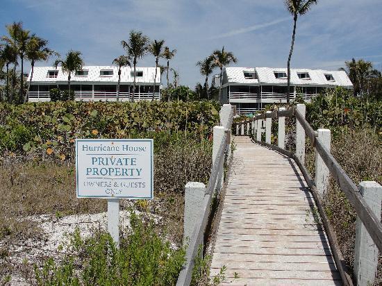 hurricane-house-resort