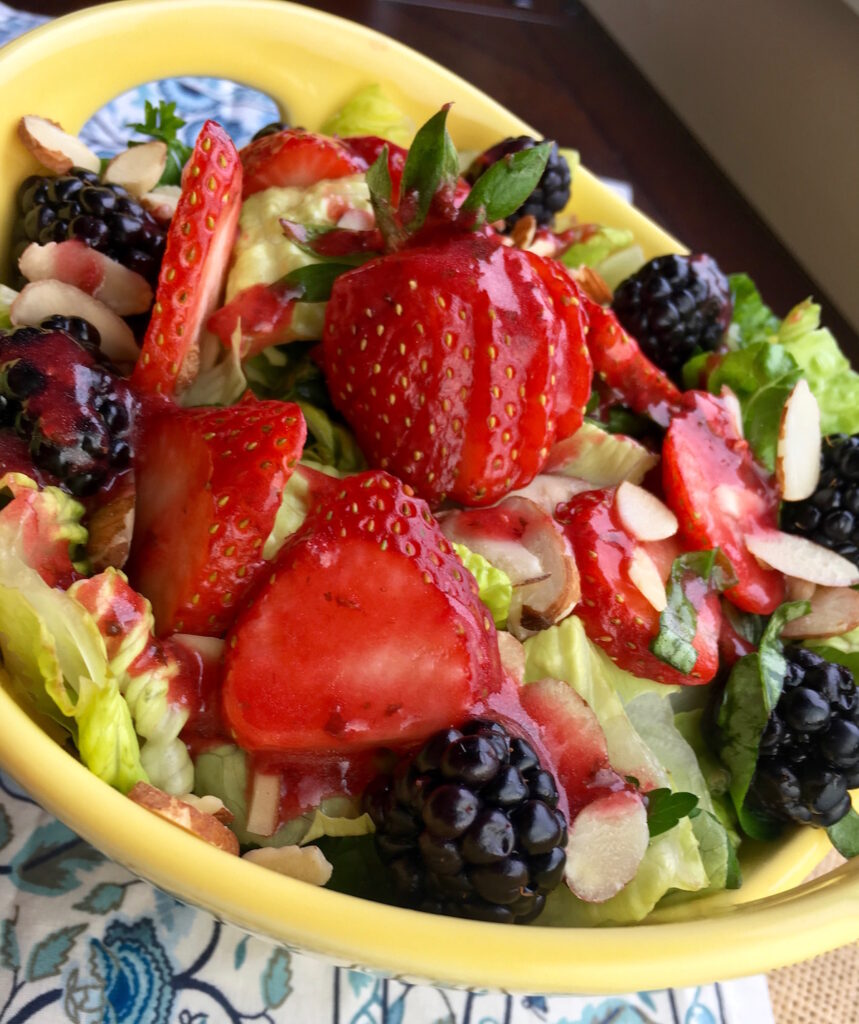 Refreshing Mixed Berry Salad with Raspberry Vinaigrette