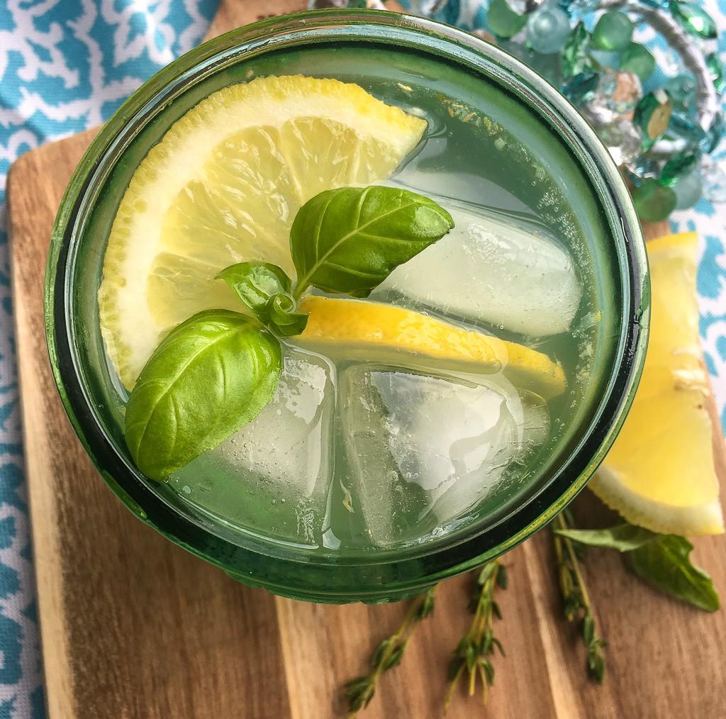 Lemon Herb Spritzer