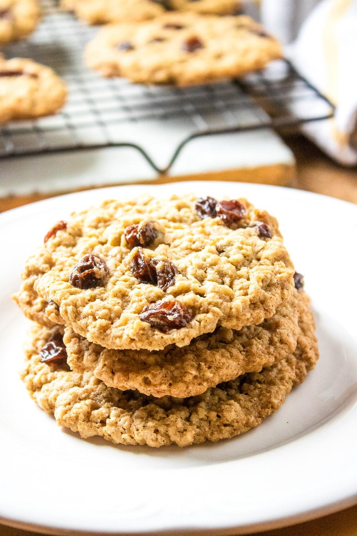 Mama's Oatmeal Raisin Cookies