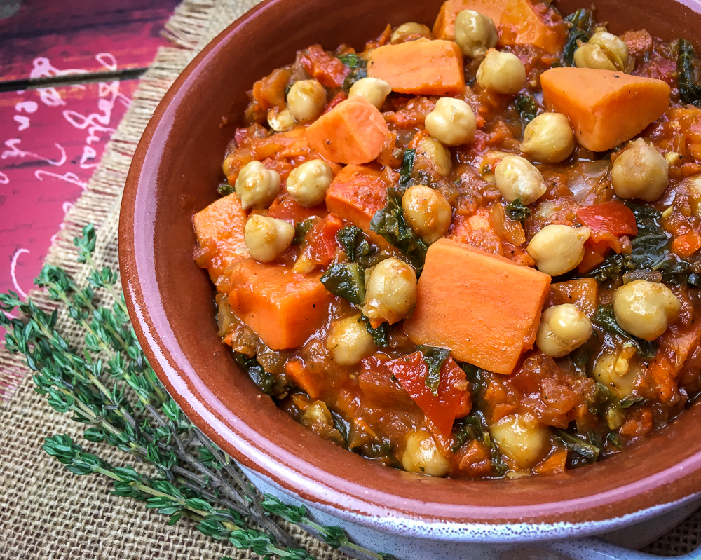 Spicy Moroccan-Inspired Chickpea Stew