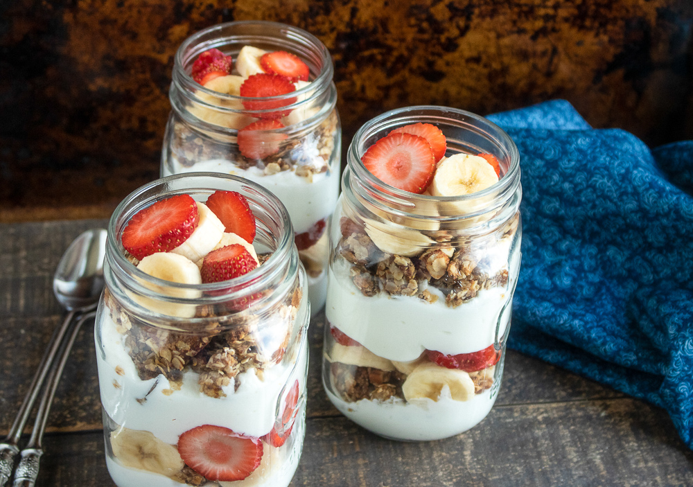 Banana Strawberry Yogurt Parfaits