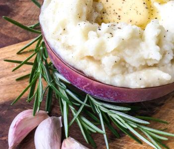 Instant Pot Rosemary Garlic Mashed Potatoes