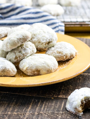 Powdered Spice Cookies