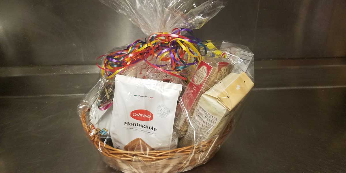 We create amazingly delicious gift baskets for any occasion!