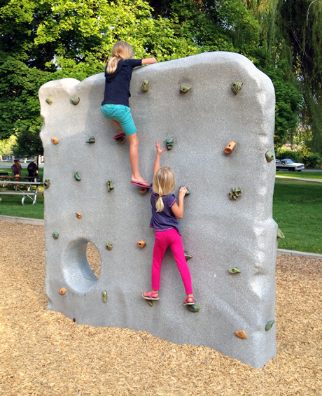 El Kap playground climbing boulder