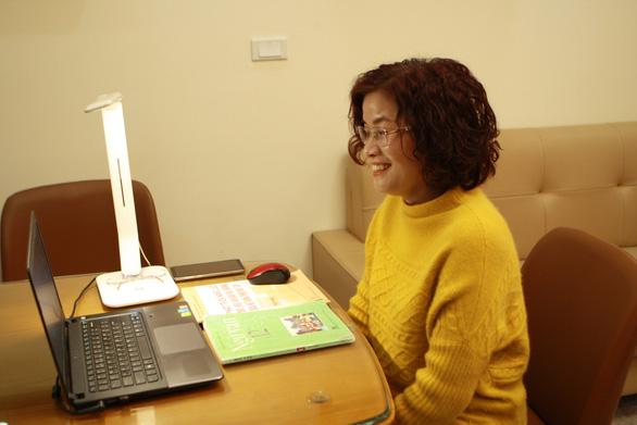 Trường THCS & THPT Nguyễn Tất Thành cho 100% học sinh học trực tuyến - Ảnh 17.