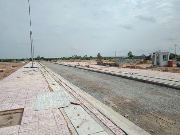 Chính phủ yêu cầu giải quyết nhanh 8 dự án cao tốc Bắc - Nam chậm tiến độ - Ảnh 1.