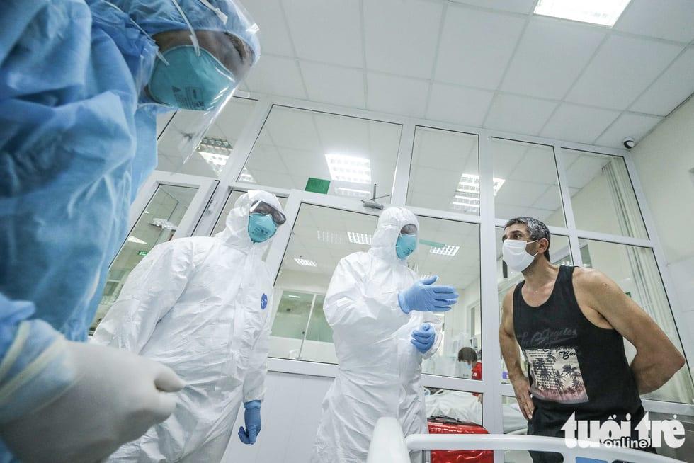 Cận cảnh nơi chữa 46 bệnh nhân dương tính trong trận chiến chống COVID-19 - Ảnh 13.