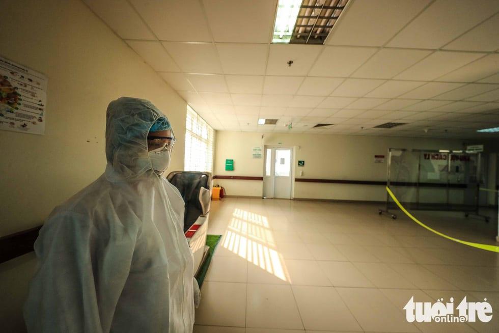 Cận cảnh nơi chữa 46 bệnh nhân dương tính trong trận chiến chống COVID-19 - Ảnh 16.