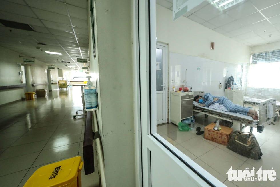 Cận cảnh nơi chữa 46 bệnh nhân dương tính trong trận chiến chống COVID-19 - Ảnh 7.