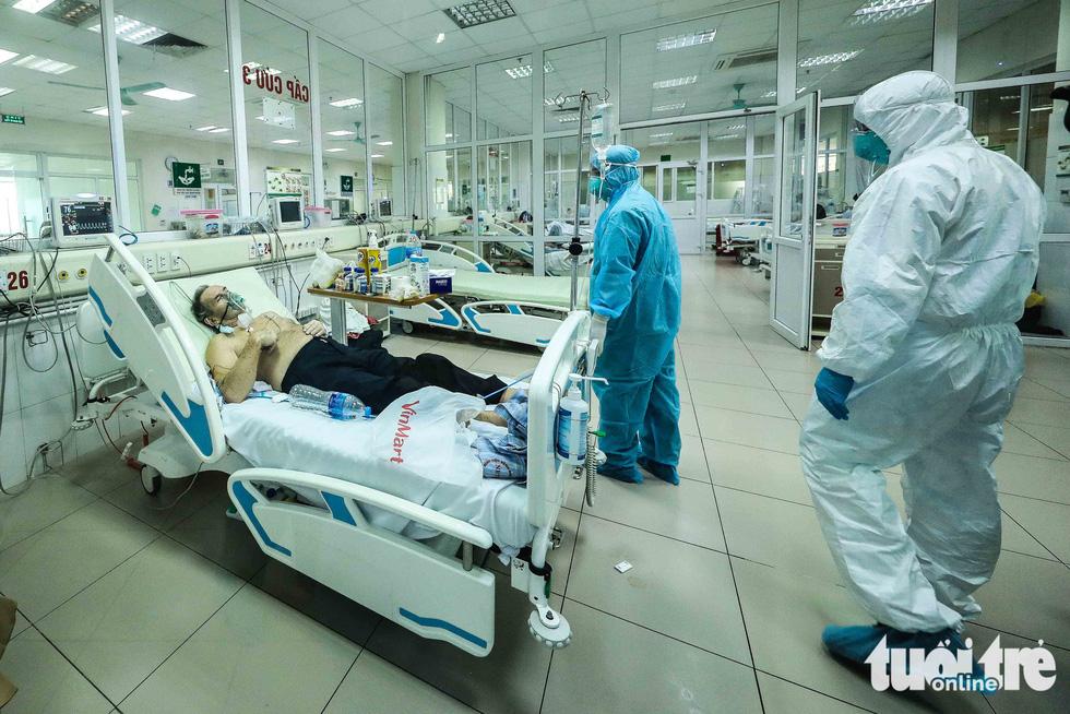 Cận cảnh nơi chữa 46 bệnh nhân dương tính trong trận chiến chống COVID-19 - Ảnh 10.