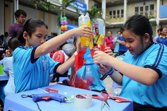 Sở GD-ĐT TP.HCM bắt đầu thực hiện chương trình học trực tuyến với học sinh tiểu học /// Ngọc Dương