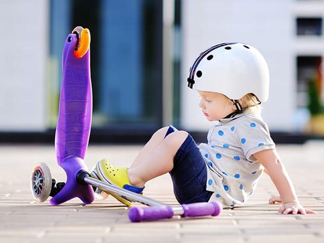 Đừng bao giờ chủ quan với các chấn thương của trẻ /// Ảnh minh họa: Shutterstock