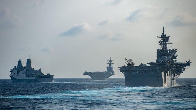Nhóm tàu sân bay Mỹ USS Theodore Roosevelt trên Biển Đông hồi tháng 3.2020 /// Hải quân Mỹ
