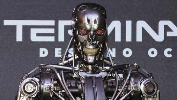 Robot viết trên báo Anh: Tôi không có ý quét sạch loài người, nhưng cần trao quyền cho robot - Ảnh 2.