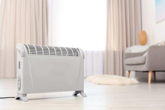 Thiết bị sưởi cần được đặt trên mặt phẳng thăng bằng, ổn định /// Ảnh: Shutterstock